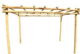Pergola van bamboe.