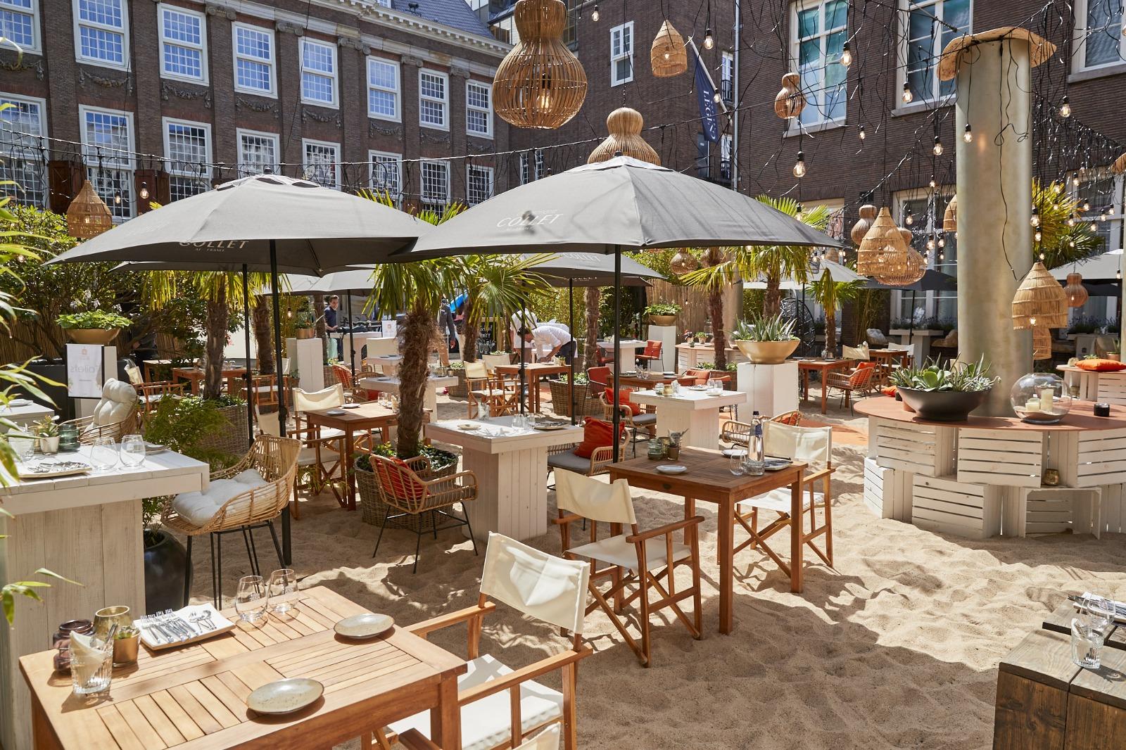 strand bij Hotel
